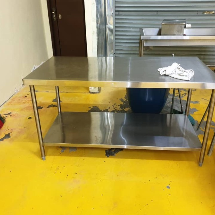 Stainless Steel Working Table / 白钢桌